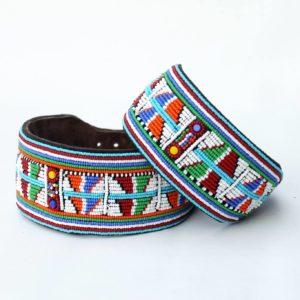 Perlenhalsband-Hundehalsband-Massai-Hund-multicolor-Glasperlen