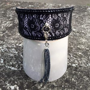 Perlenhalsband-Burleske-schwarz-Hundehalsband-Glasperlen-Massai-Hund-schwarz