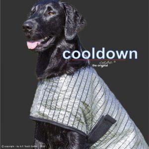 Cooldown Cape_Hitzeschutz_Kuehlweste_Hund-Schattennetz