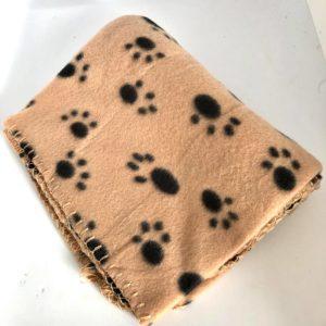 Fleecedecke-Deckeli-Hund-Hundebett-Pfoten-Unterwegs-beige