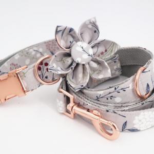 Hundehalsband-Halsband-Hund-Stoff-Gurtband-Clickverschluss-rosegold-Bluete-komfortabel-extravagant2