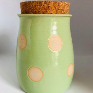 Leckerlidose-Gutzidose-Leckerli-Gutzi-Goodiedose-Goodies-frisch-Keramik-Handmade-einzigartig-gruen