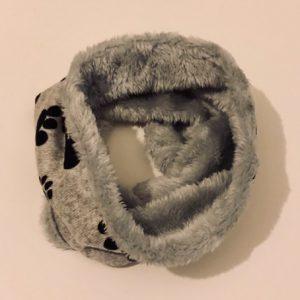 Rundschal-Schall-Loop-Infinity Scarf-Pfoten-kuschlig-weich-warm-Hund-Hundeliebhaber