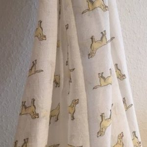 Schal-Labrador-weiss-Hund-Rasse-kuschelweis